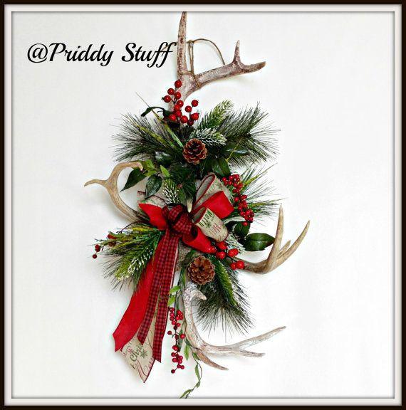 53 best christmas wreaths deco mesh images on pinterest for Antler christmas wreath