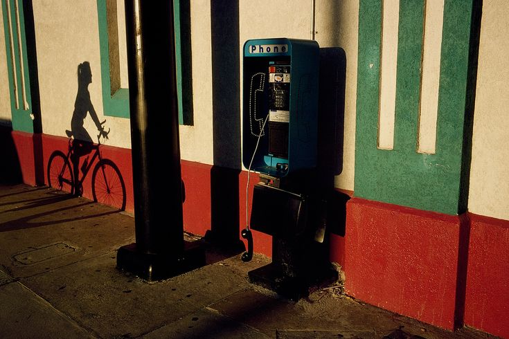 "constantine manos  ""American Color 2"""