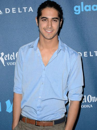 Avan Jogia looks so different since victorious! But he's still fwwwine
