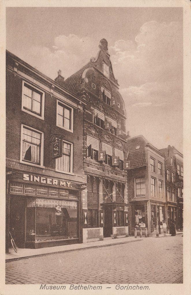 Ansichtkaart van de gasthuisstraat in gorinchem met het huis dit is in bethlehem waar destijds - Huis verlenging oud huis ...