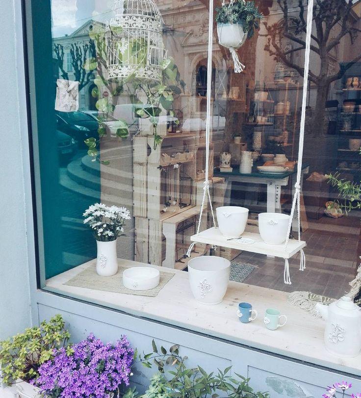 les 37 meilleures images du tableau les petites porcelaines sur pinterest porcelaine petites. Black Bedroom Furniture Sets. Home Design Ideas