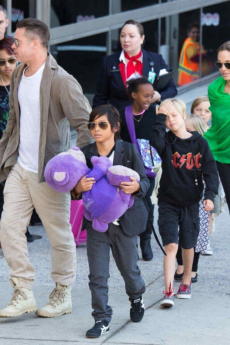 ¡Los famosos y sus hijos!: Los gemelos de Ricky Martin, la hija de Salma Hayek y el hijo de Shakira (FOTOS) | Telemundo