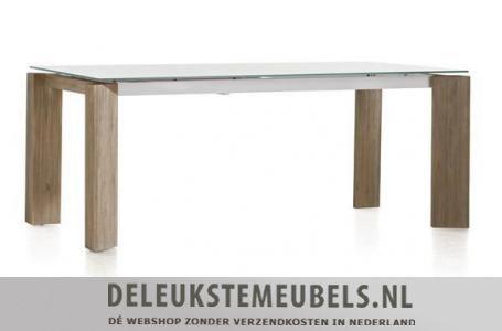 Uitschuiftafel Kozak van het merk Henders & Hazel..gemaakt van acacia hout in de kleur mountain grey in combinatie met een glazen blad.  Het uitschuif deel is gemaakt van MDF en heeft een witte kleur. De rest van het tafelblad is van mat glas.  Het mooie van deze eettafel is dat je in ingeschoven toestand niet ziet dat het een uitschuiftafel is. Verschillende maten leverbaar! http://www.deleukstemeubels.nl/nl/kozak-uitschuiftafel-160cm/g6/p1574/