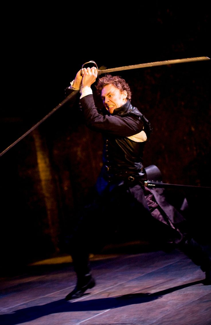 elizabethan era and othello Violence in shakespeare: suicide, murder, and combat in shakespeare's plays introduction elizabethan and jacobean audiences reveled in shocking drama.