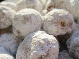 """Mexican Wedding Cookies (made with honey!). My silver palate recipe calls them """"butterballs."""""""