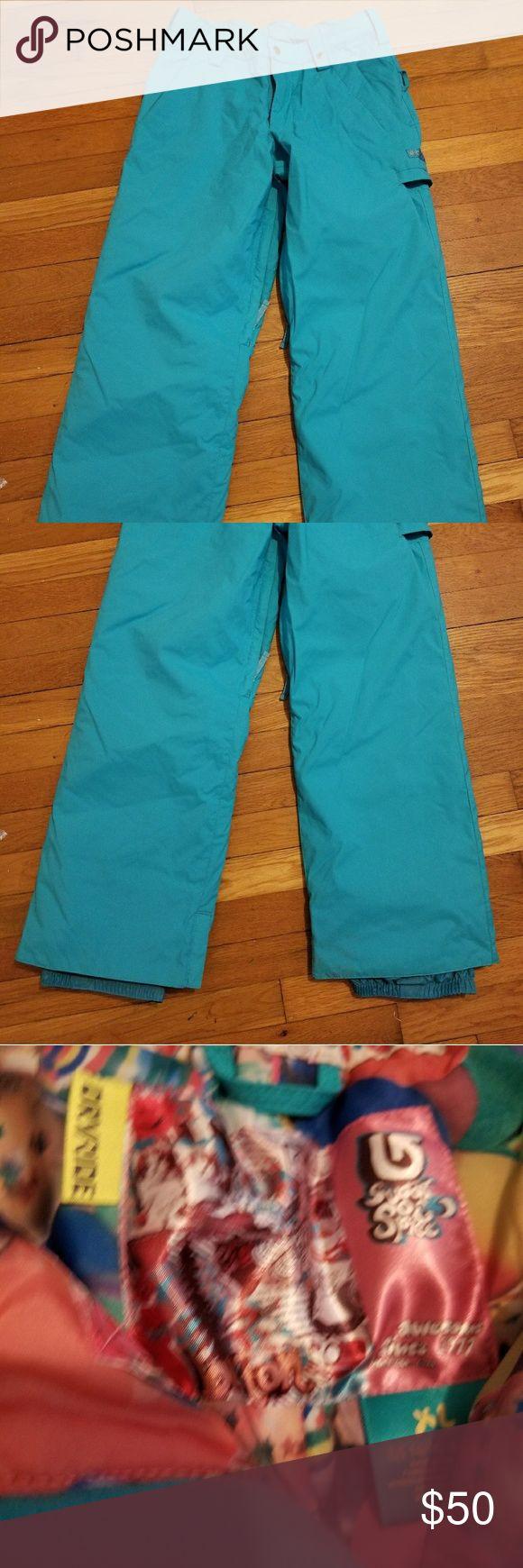 Girls size XL 14/16 Teal Burton Snowboard Pants Excellent NWOT condition girls snowboard pants with liner. Size XL 14/16. Adjustable waste. 37 inches long. Burton Bottoms