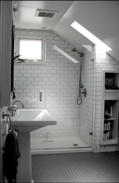 Great use of small space love the monochromatic color for Great bathrooms in small spaces