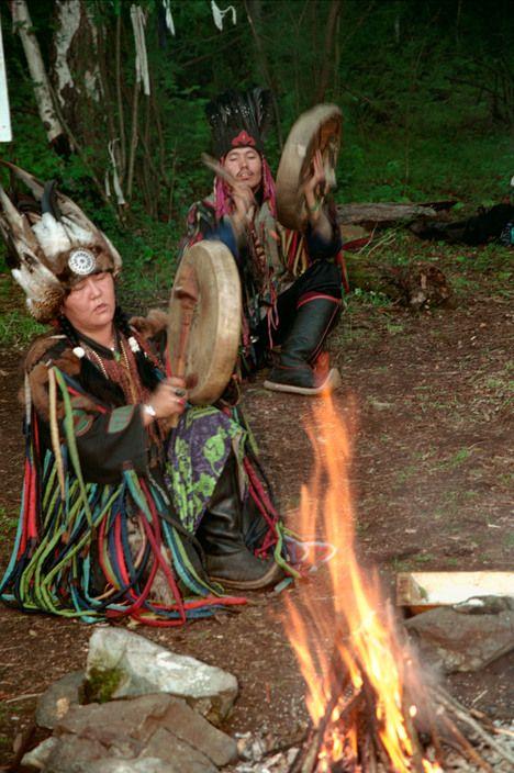 Magnum Photos - Shamans of Siberia 2002 : RUSSIA. Siberia. Republic of Tuva. Village of Chaganar. 2001....