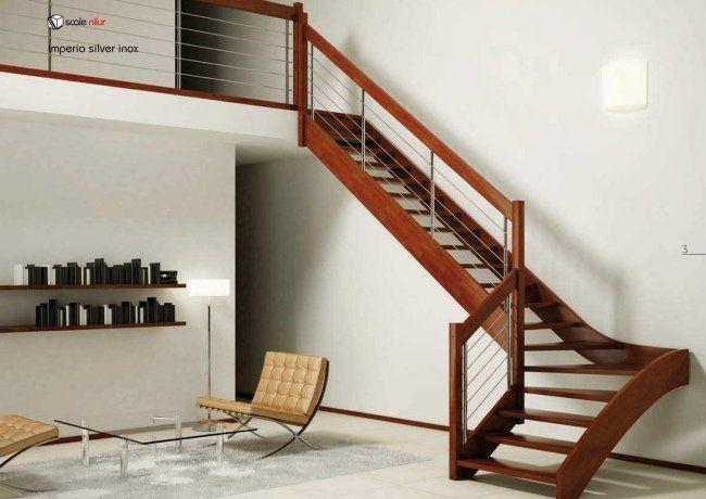 un escalier moderne en bois et métal