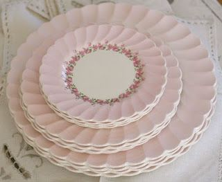 "Vintage Rose Collection:  "" Myott"" Olde Chelsea Staffordshire England Petite"