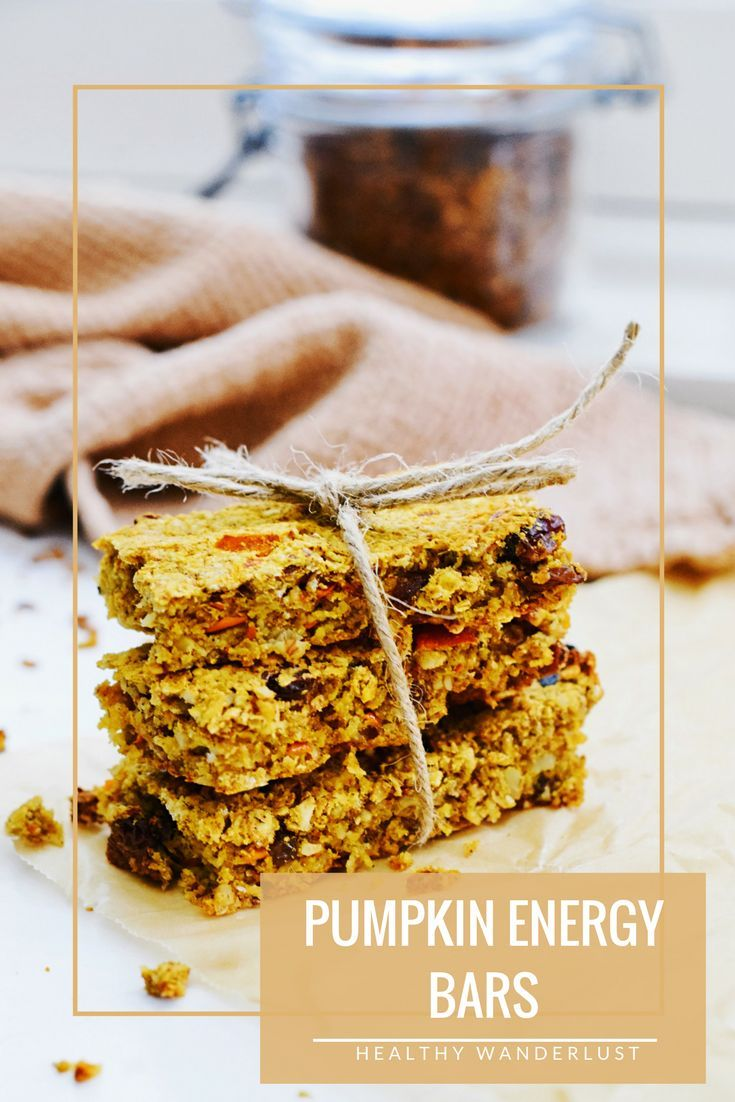 Pumpkin energy granola bars for healthy snacking - Recipe on www.healthywanderlust.nl