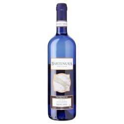 Bartenura Moscato: Crisp and refreshing, semi sweet, with lingering pear, tangerine, nectar and melon flavors on the finish
