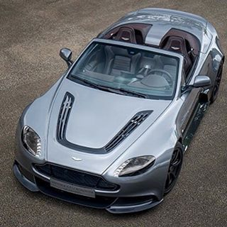 Aston Martin Vantage V12 GT Roadster