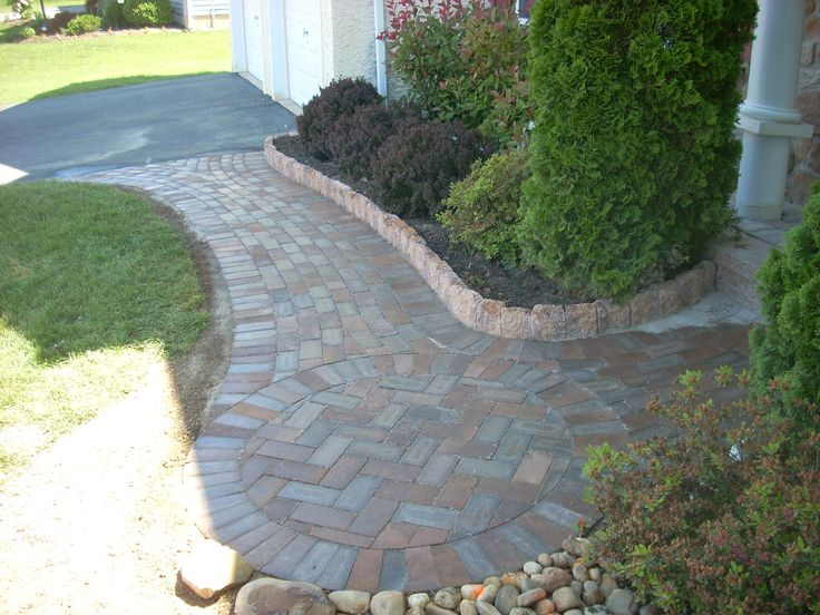 1000 images about walkways on pinterest - Front door walkways and paths ...