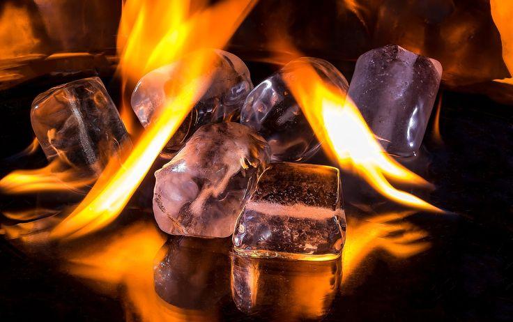 Кубики Льда, Пожар, Пламени, Гореть, Горячие, Ледяной