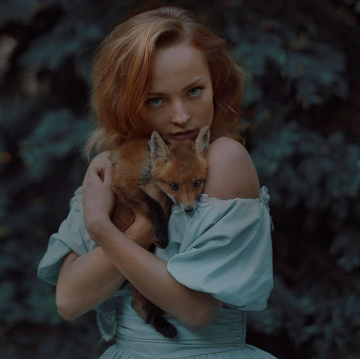 What you're about to see is not Photoshop – Moscow-based Russian photographer Katerina Plotnikova created these stunning images with the help of real live animals! / red head / girl holding fox