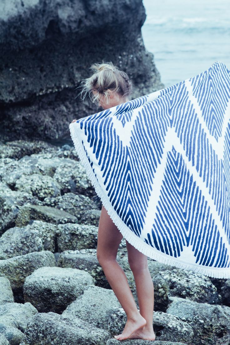Ah, the feeling of the ocean breeze #roundbeachtowel  || FREEShipping in the USA || www.lovinsummer.com || $69 roundie