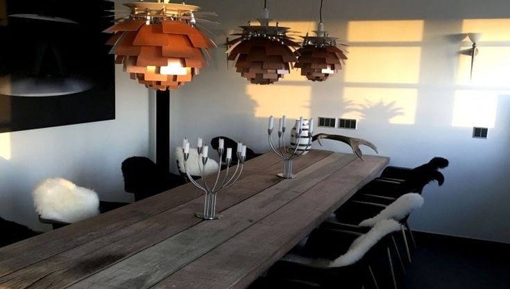 THORS Gaia dining table