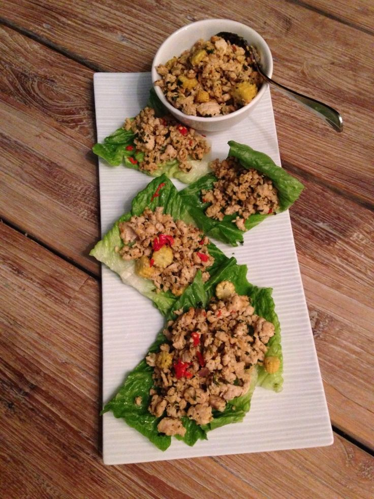 Healthy organic chicken mince lettuce wraps recipe: http://forkandkniv.com/chicken-mince/