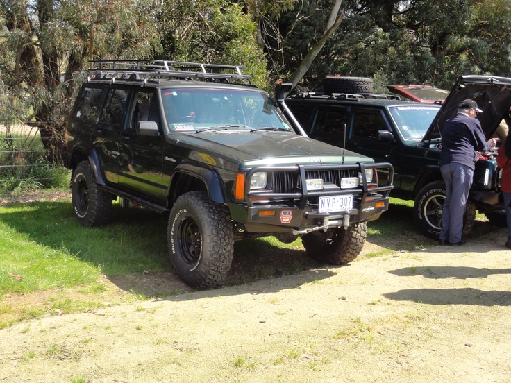 1000 images about jeep cherokee xj on pinterest lifted jeeps flare and jeep cherokee 4x4. Black Bedroom Furniture Sets. Home Design Ideas