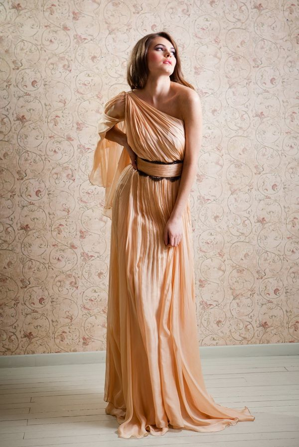 A beautiful and sensual dress for Taurus