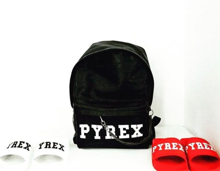HOLIDAY ESSENTIAL #new #pyrex #collection #springsummer16 #backpack #slippers #pyrexoriginal #streetstyle #nothingbetter #pyrexstyle #streetstyle