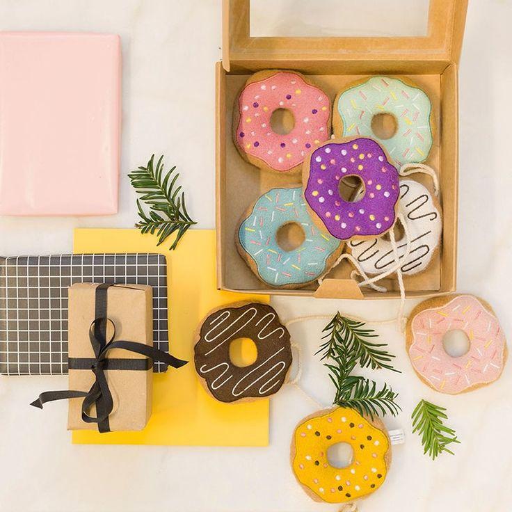 Kidsdepot Kinderzimmer DekoGirlande 'Donuts' bunt L 150cm