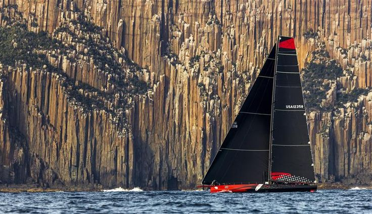 COMANCHE (USA) RACING THE FINAL MILES TO HOBART   Photo: Rolex / Stefano Gattini