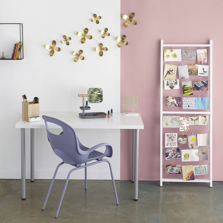 A simple table can play host to both a place to study when needed and a convenient makeup vanity for daily use. http://www.yliving.com/blog/modern-bedroom-ideas-for-the-adult-teen/