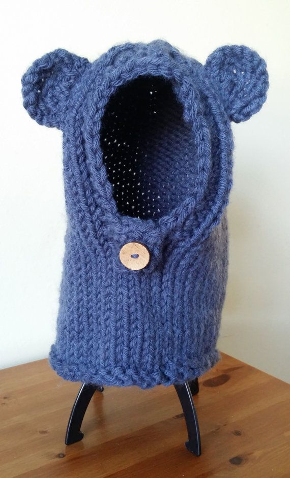 Check out this item in my Etsy shop https://www.etsy.com/uk/listing/218590747/ready-to-ship-bear-snood-chunky-knit