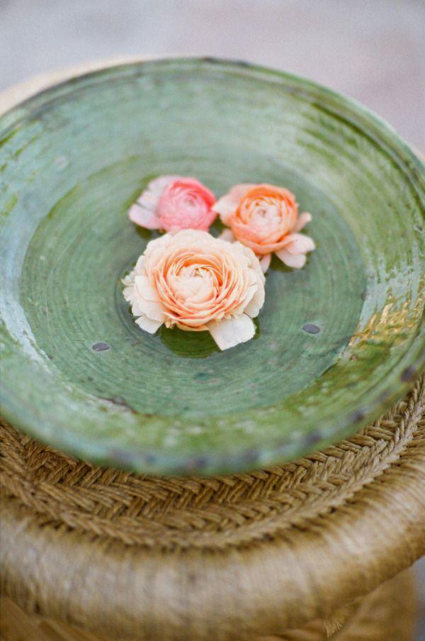 fiori galleggianti per matrimonio bohemien | Wedding Wonderland