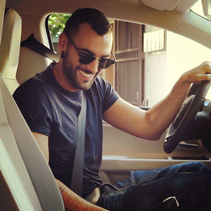 App Marco Mengoni - Updates: In viaggio con Marco per l'Italia: è #MENGONIincircolo! - Men's Fashion Today