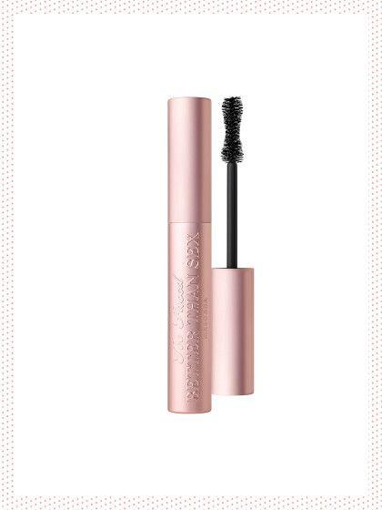 Wir haben sie gefunden: die Produkte, auf die alle Make-up Junkies, Beauty-Blogger und Youtuber schwören! Das ist die Top 11 Liste »