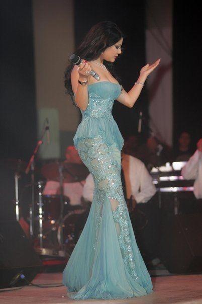 Haifa Wehbe, gorgeous gown.