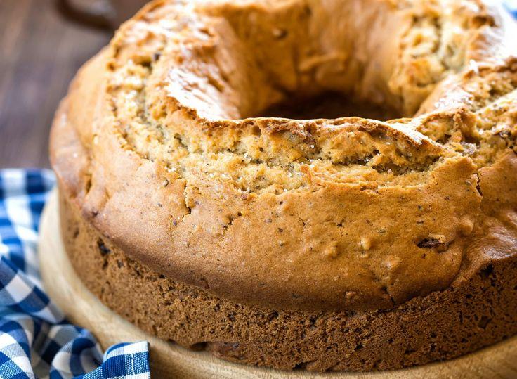 ¿Quieres acompañar el té con algo saludable? ¿Por qué no intentas con esta deliciosa torta de quinoa?Además de rica tiene muchas propiedades. ¡Te alegrará la tarde!Ingredientes:1 taza de leche de arroz o de coco1 taza de granos de quinoa1 taza de harina de maíz 1 taza de frutas secas picadas 1