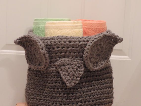 Check out this item in my Etsy shop https://www.etsy.com/listing/189944183/crochet-owl-basket