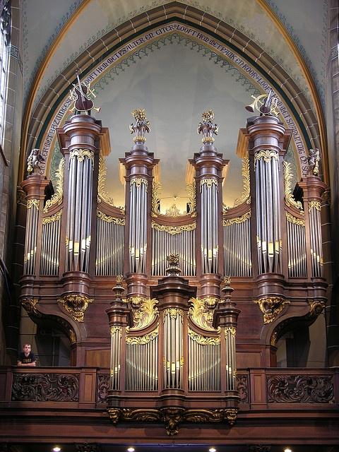 Helmond - Church of Saint Lambertus, main organ by pietbron, via Flickr