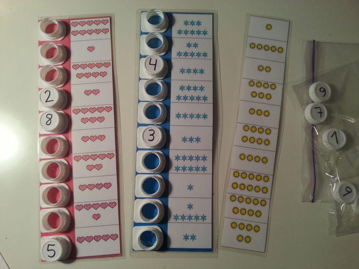 Éstas son plantillas para la máquina de tapones. Se trabaja la asociación número y cantidad con ellas. En esta ocasión, todas tienen 10 conjuntos cada una y trabajan las cantidades de 1-10. Dejo las plantillas en blanco y negro, para fotocopiar tantas como se necesiten, colorear (si se desea), plastificar …