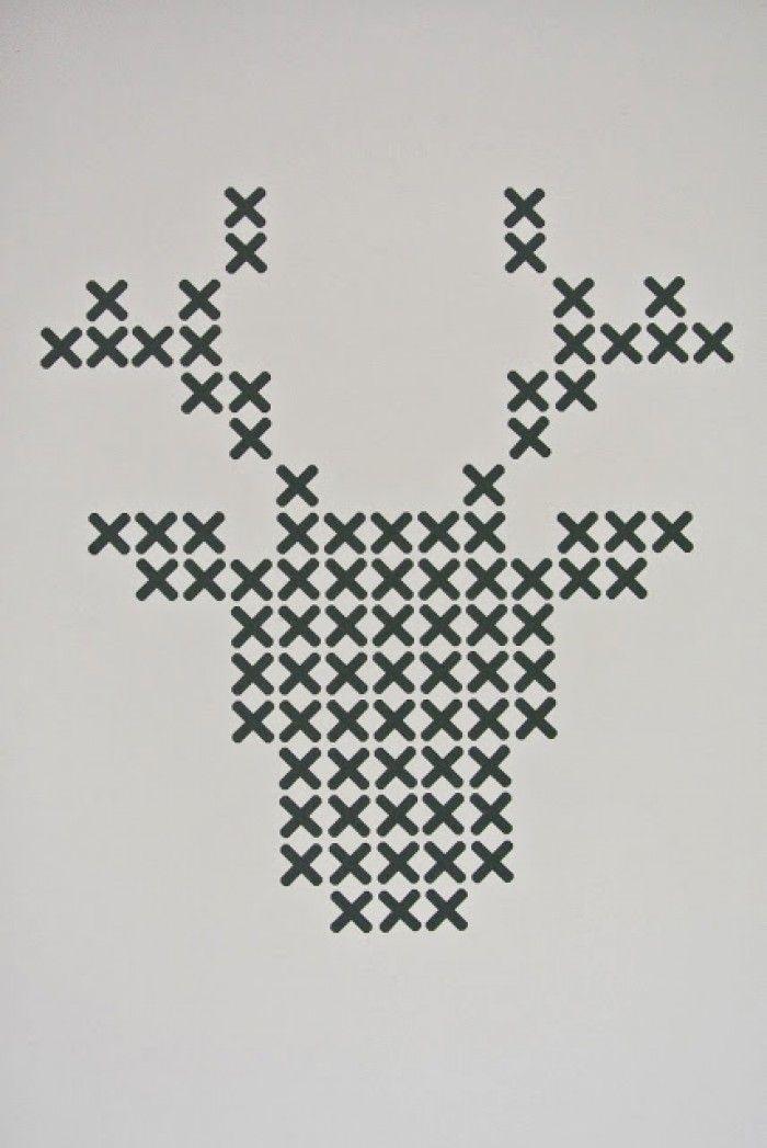 Leuk patroon! Is eigenlijk een interieursticker maar ik ga eens proberen hem zelf te borduren met dik draad op dik papier.