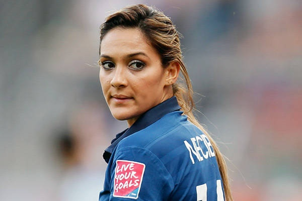 Louisa Necib    Country: France  Sport: Soccer