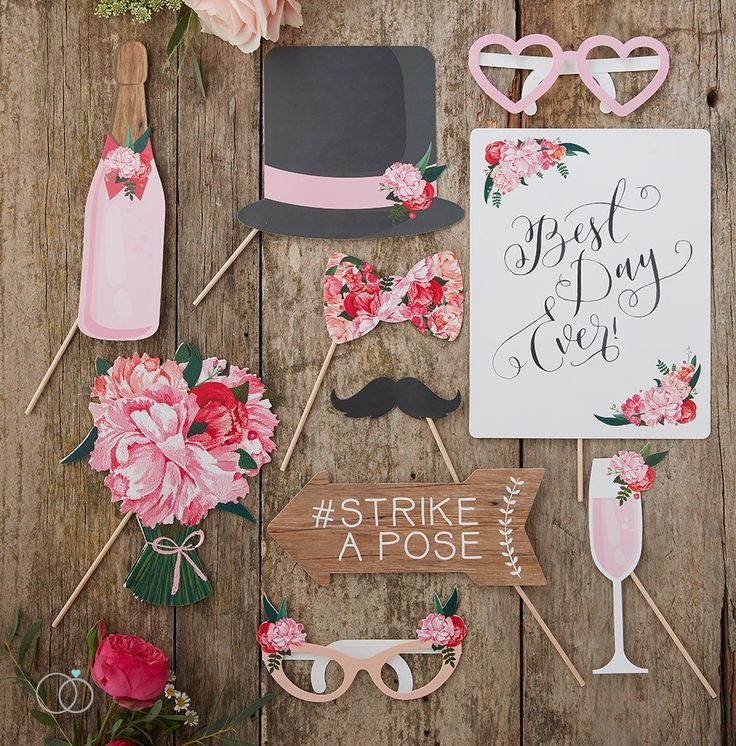 Boho Wedding Photo Booth Props. Ideas For A DIY Wedding. From Wedding  Favours To