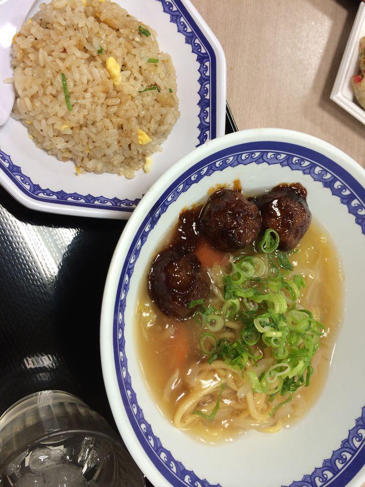 阪神チャーメン たっぷりお酢をかけて食べるのがオススメ。