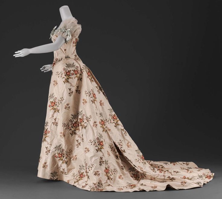Woman's dress | Museum of Fine Arts, Boston Worth 1902