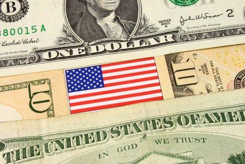 """#Mercati_usa Cambio Euro Dollaro: Trump """"destabilizza"""" il Forex, trading EUR/USD smarrito su possibili correzioni"""