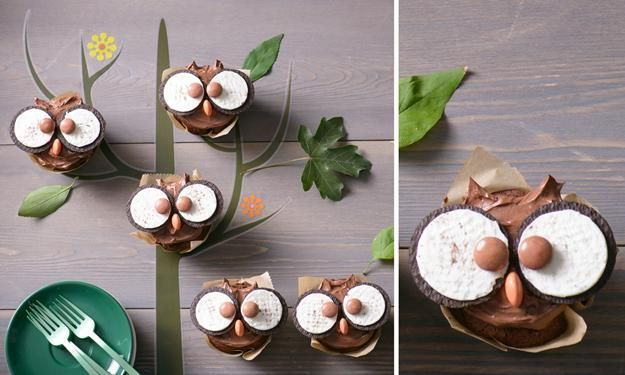 Zutaten  24 Oreo Kekse 25 g Backkakao 1 TL Backpulver (leicht gehäuft) 1 Prise Salz 80 g Schokolade (Zartbitter oder Vollmilch, nach Geschmack) 40 g Frischkäse Doppelrahmstufe 36 Schokolinsen (z.B. Smarties, am besten 24 braune/dunkle, 12 orange oder gelbe)