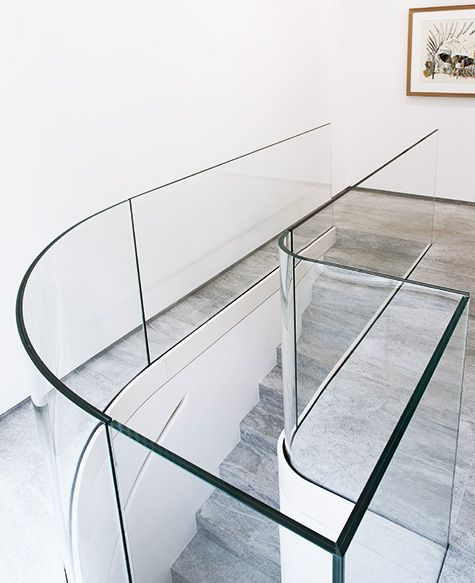 Best Curved Glass Staircase Railing Pierre Yovanovitch 400 x 300