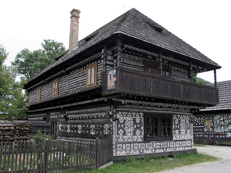 Čičmany - Mestá a obce - Zoznam zaujímavostí - Visit Slovakia .com