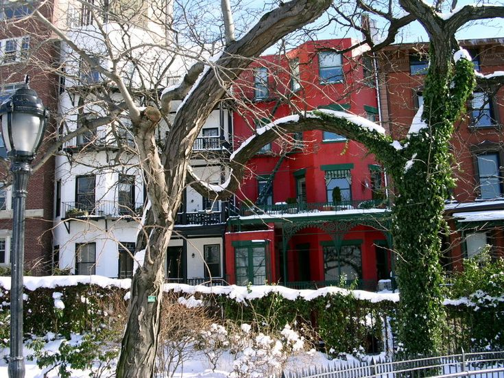 Snow in brooklyn heights the beauty of brooklyn heights for 2 montague terrace brooklyn heights