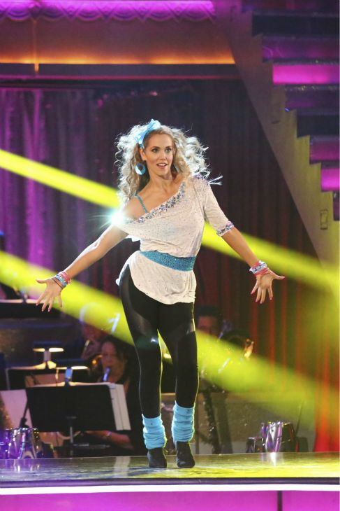 Elizabeth Berkley centre stage & rockin' it!!!   -  Dancing with the Stars  -  week 5  -  season 17  -  fall 2013