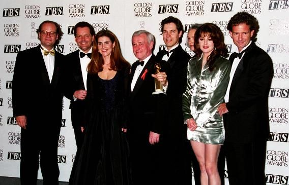 1995 Flashback: See Who Walked the Golden Globes Carpet 20 Years Ago | The 'Frasier' Cast.The 'Frasier' Cast     'Frasier' stars Kelsey Grammer, Peri Gilpin, John Mahoney, and Jane Leeves celebrated the comedy's win for Best TV Series, Musical or Comedy. The show tied for the award with their fellow NBC series 'Mad About You.'